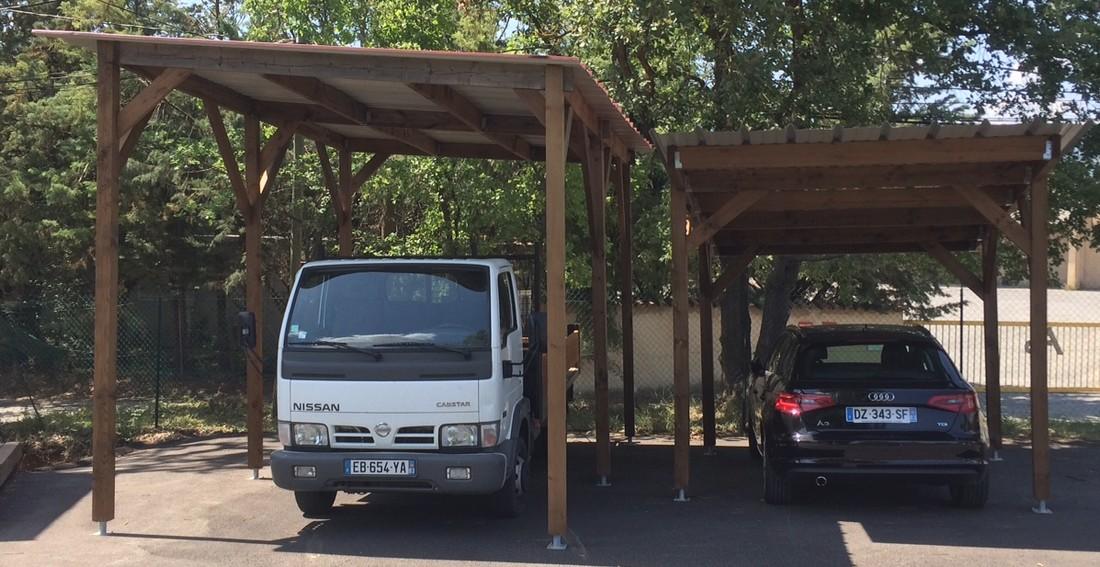 abri pour 1 ou 2 voitures var et bois. Black Bedroom Furniture Sets. Home Design Ideas