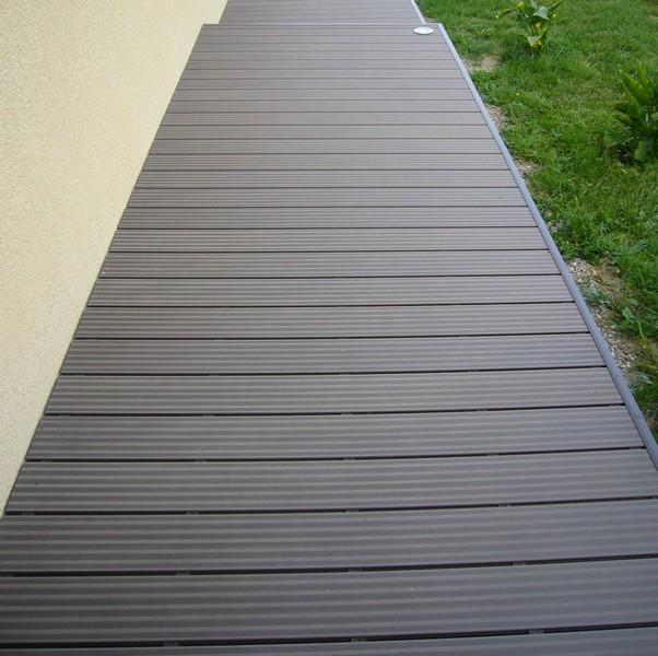 Lame terrasse bois gris maison design - Lame composite clipsable ...