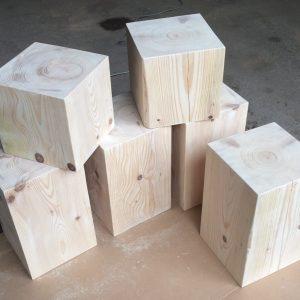cubes en sapin