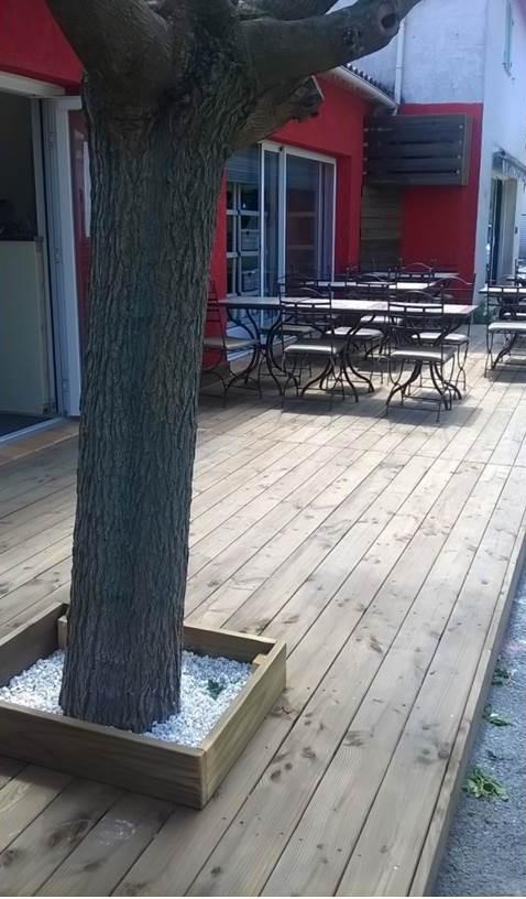 lames de terrasse pin traité marron