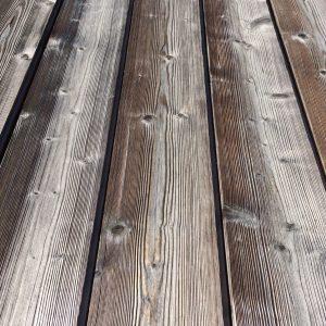 lambris thermobrossé grisé